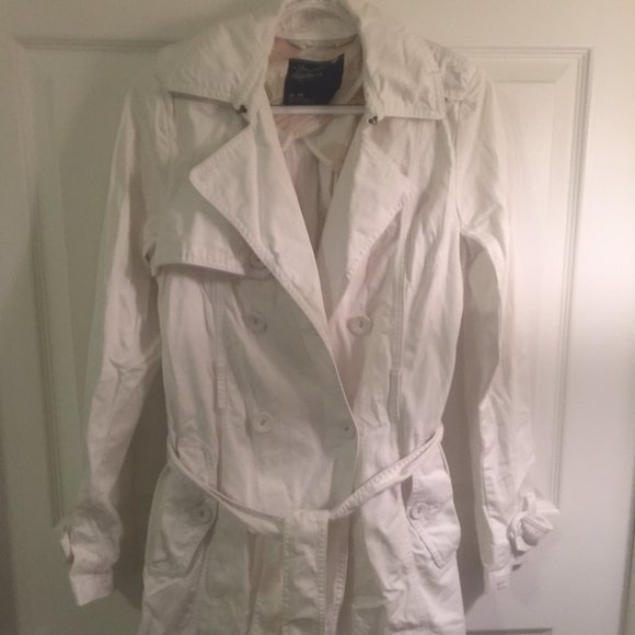 American Eagle White Trench Coat